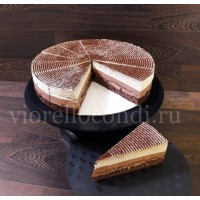 торт БОСТОН ШИК  три шоколада  вес 1.75кг. порций 14